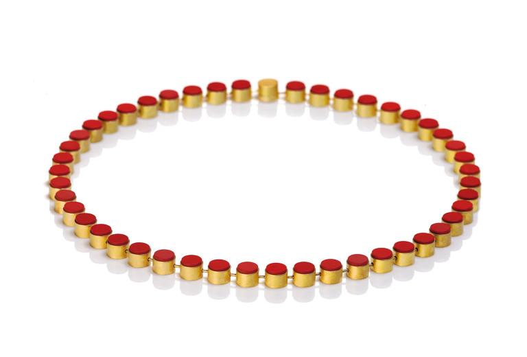 Halskette <em>Tönnchenkette</em>. Gelbgold 750, Korallenkonstrukt, wahlweise Edelsteine. MJC Winner 2010.