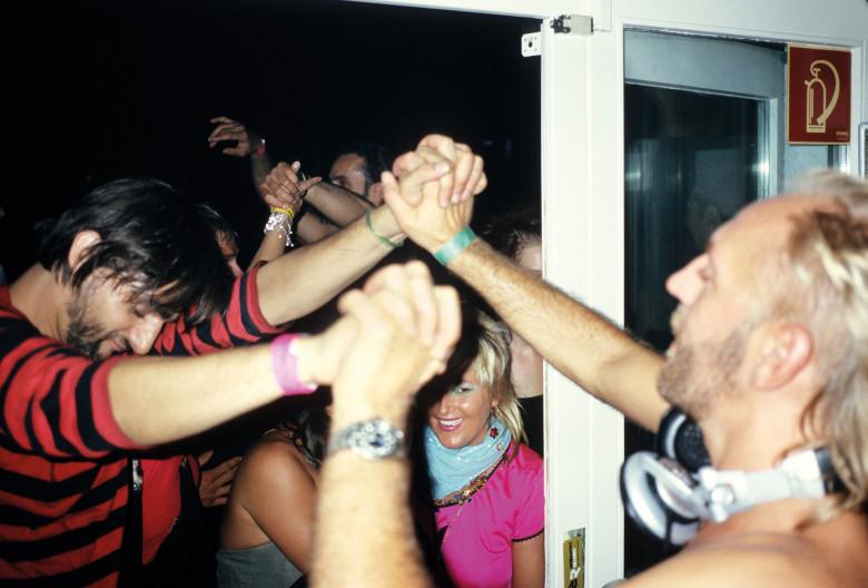 give-love-back väth villalobos