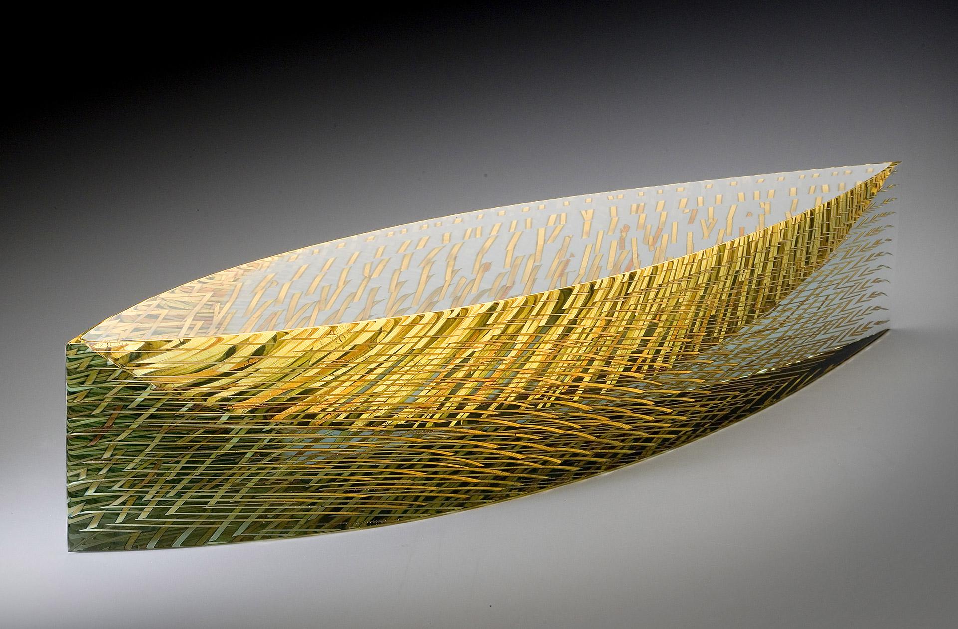 98da7c1ca Svatava, 2008. Glas und Goldstreifen. 13 × 22 × 62 cm.